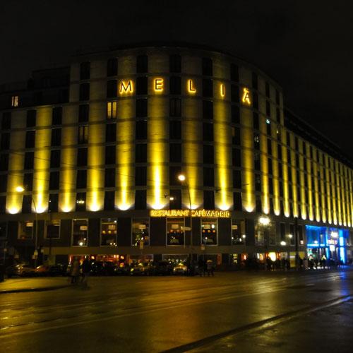 Melia Berlin – Hotel mitten in Berlin mit Blick auf die Spree